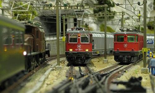 CONRAD | MODELLBAHN GALERIE | MODEL RAILROAD GALLERY | MODELLJERNBANE GALLERI | Foto: Conrad.de