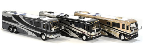 JOHNNY LIGHTNING 1:87 AMERICAN MOTOR HOME BUS