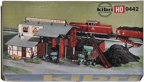 9442 KIBRI | KOHLENHANDLUNG | COAL DEPOT | KULLDEPOT | Foto: 0rvik