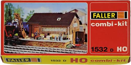 1532 FALLER COMBI-KIT | GUTERBAHNHOF | GODS STATION | GODSSTASJON | Foto: 0rvik