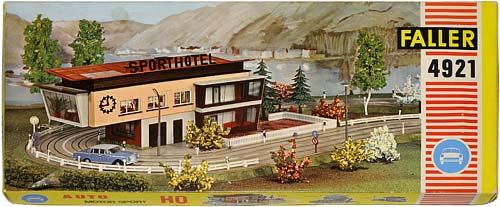 4921 FALLER | H0 GEBÄUDE FÜR DER STADT MODELLBAHN | HO BUILDINGS FOR AN URBAN MODEL RAILROAD | 1:87 BY-BYGNINGER TIL MODELLJERNBANEN | Foto: 0rvik