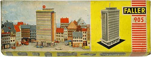 905 FALLER | H0 GEBÄUDE FÜR EINE STADT MODELLBAHN | HO BUILDINGS FOR AN URBAN MODEL RAILROAD | 1:87 BY-BYGNINGER TIL MODELLJERNBANEN | Foto: 0rvik