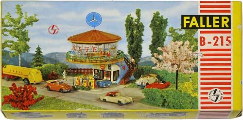 215 FALLER | H0 GEBÄUDE FÜR DER STADT MODELLBAHN | HO BUILDINGS FOR AN URBAN MODEL RAILROAD | 1:87 BY-BYGNINGER TIL MODELLJERNBANEN | Foto: 0rvik
