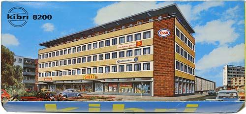 8200 KIBRI | H0 GEBÄUDE FÜR DER STADT MODELLBAHN | HO BUILDINGS FOR AN URBAN MODEL RAILROAD | 1:87 BY-BYGNINGER TIL MODELLJERNBANEN | Foto: 0rvik