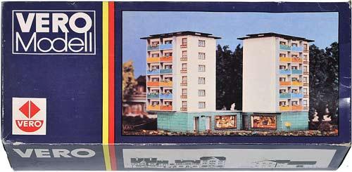 54 75370 VERO | H0 GEBÄUDE FÜR EINE STADT MODELLBAHN | HO BUILDINGS FOR AN URBAN MODEL RAILROAD | 1:87 BY-BYGNINGER TIL MODELLJERNBANEN | Foto: 0rvik