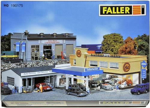 FALLER 190175 | KLEINGEWERBUNG | TANKSTELLE UND WERKSTATT | BILSERVICESOMRÅDE | Foto: 0rvik