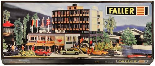 FALLER B-910 | HOTEL MERKUR | RESTAURANT | MODERNE HOTELLBYGNING | Foto: 0rvik