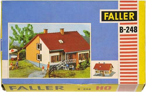 248 FALLER | ZWEIFAMILIENHAUS | HOUSE | TOMANNSBOLIG | Foto: 0rvik