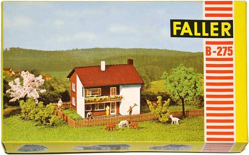 275 FALLER | HAUS | HOME | HJEM | Foto: 0rvik