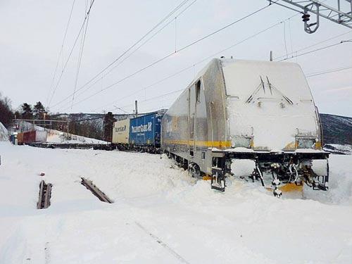 ZUGENTGLEISUNG | TRAIN DERAILED | TOGAVSPORING | DOVREBANEN | Foto: Scanpix/Austvik