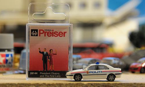 PREISER 28144 - THE OBAMAS