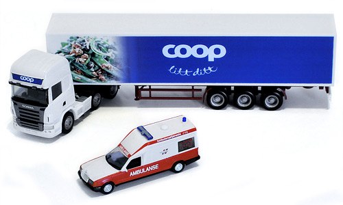 Modellbil Design - COOP Trailer og 113 Ambulanse